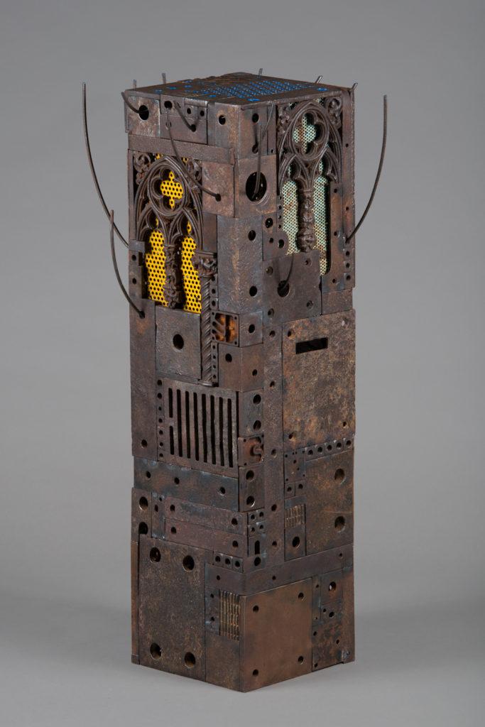 Réemploi     H. 90 ; L. 46 ; l. 41 cm
