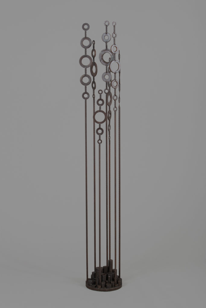 La talle     H. 177 ; D. 25 cm Vendu